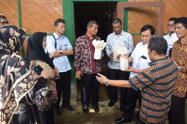 SEAMEO BIOTROP Explores Cooperation with Government of Padang City